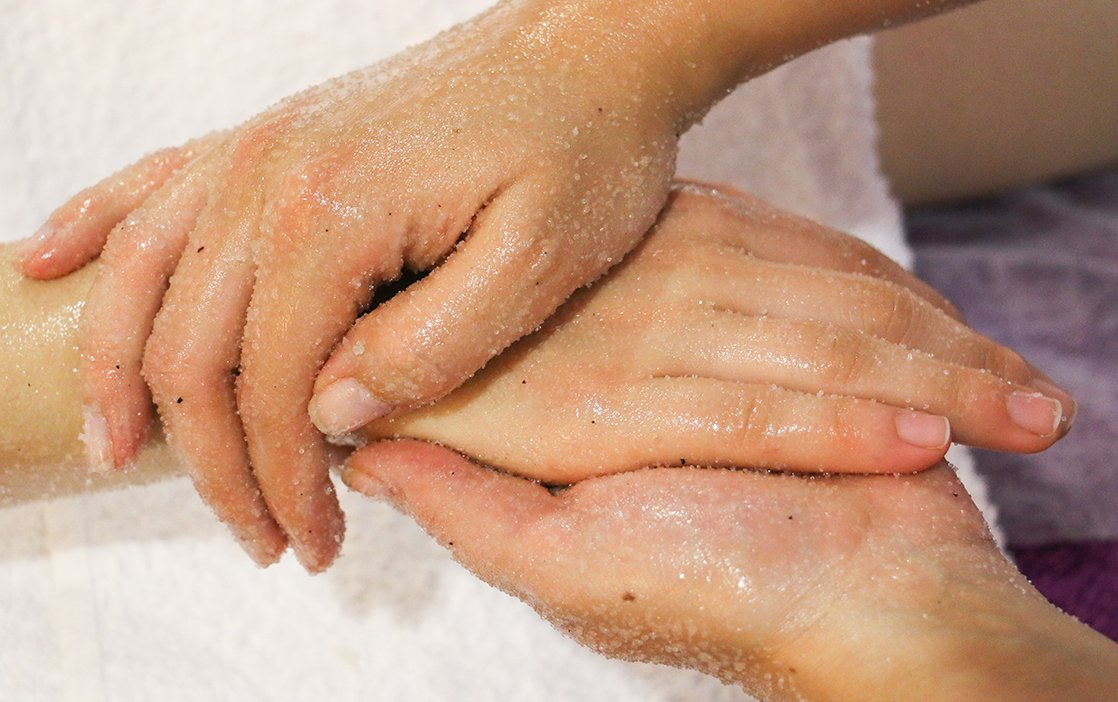 Esfoliação e Hidratação Corporal